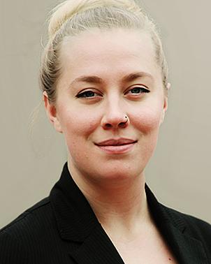 Hannah Hinchey Headshot